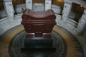 An overhead view of Napoléon Bonaparte's tomb