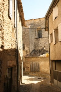 The narrow streets of Gordes